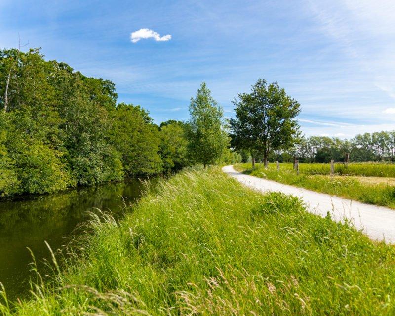 Weitblick Bocholter Aa Fluss und Radweg