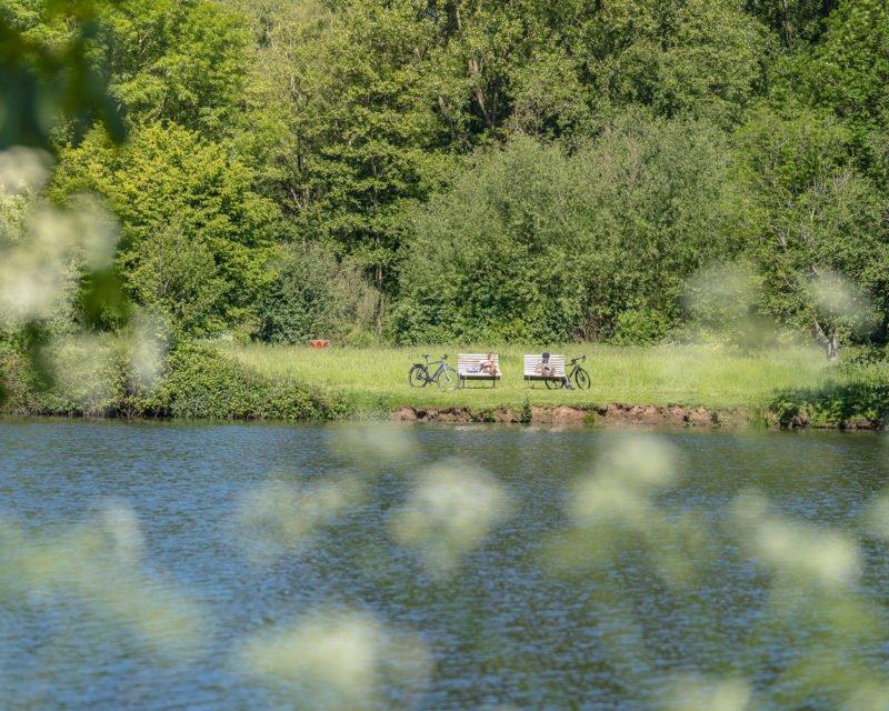 Pause der Radtour am Stausee Ufer auf der Hohe Mark RadRoute